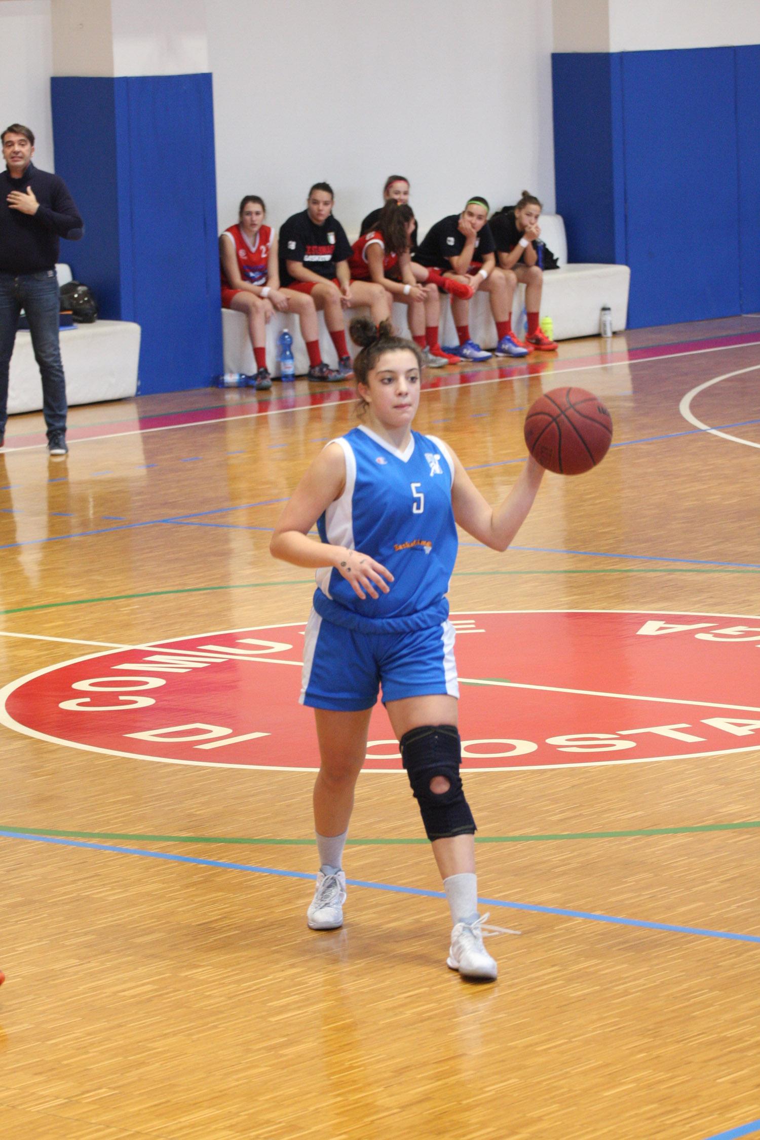 U16E - Costa Masnaga vs Baskettiamo Vittuone 2001 00012.jpg