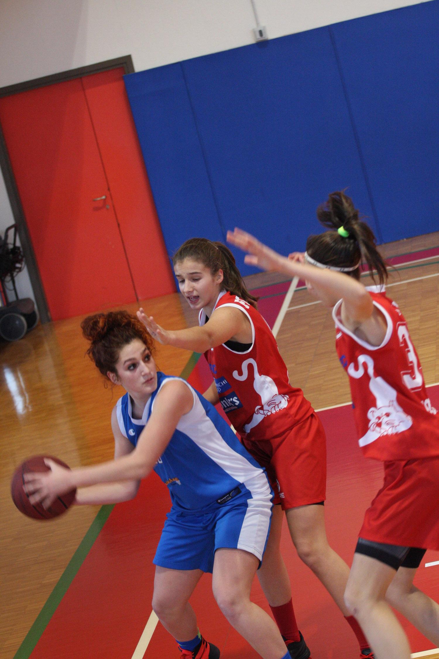 U16E - Costa Masnaga vs Baskettiamo Vittuone 2001 00017.jpg