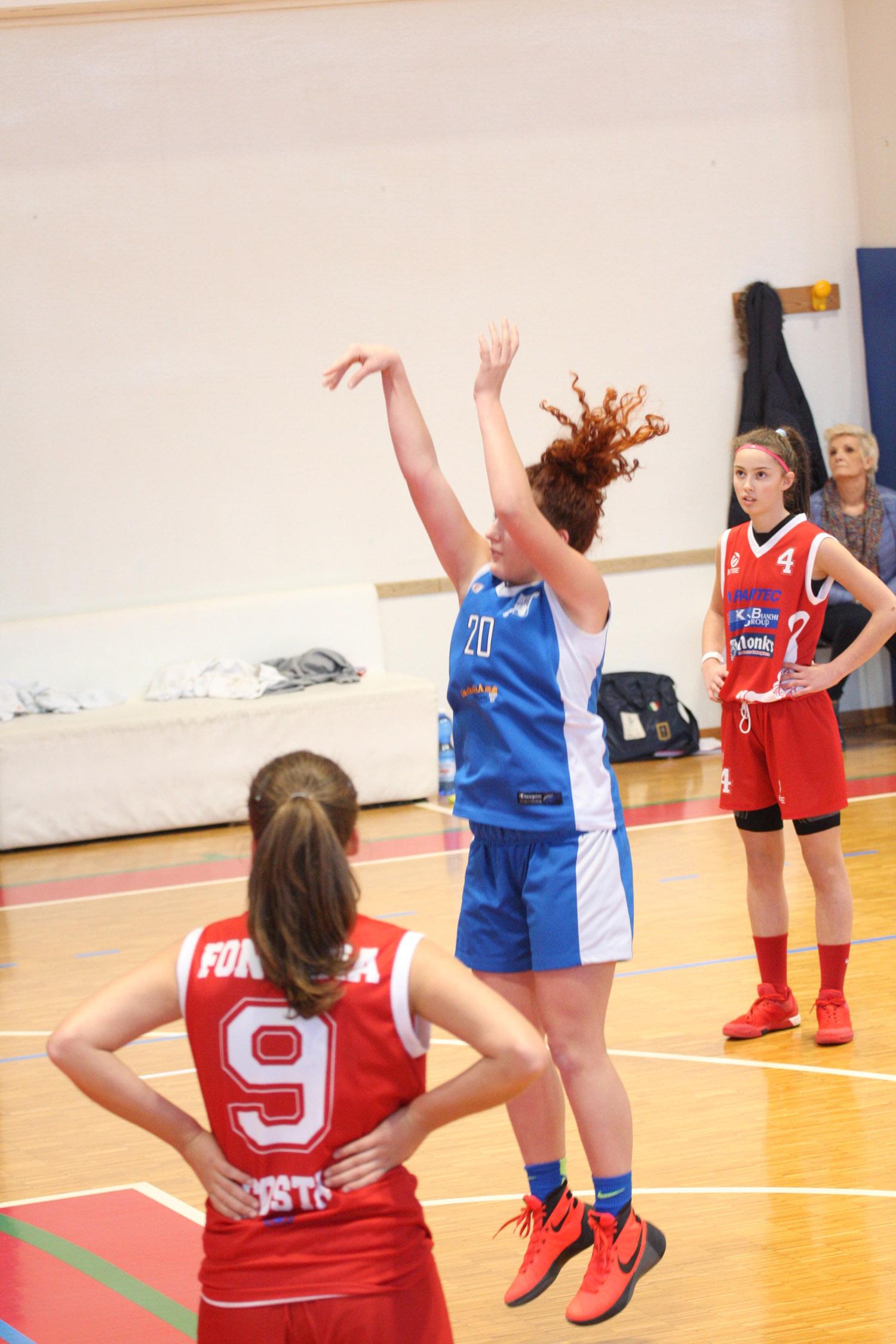 U16E - Costa Masnaga vs Baskettiamo Vittuone 2001 00021.jpg