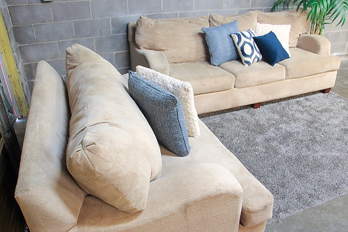 Klaussner 2PC Sofa and Oversized Chair Set