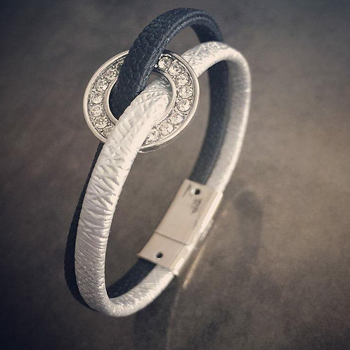 A1-27 Leather Bracelet w. Magnetic Clasp