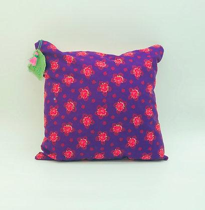 """Coussin """"Envie de fleurs roses et violettes"""""""