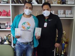 Coordenação de Esporte recebe visita do egresso do curso de Medicina Dr. Rogério Leal.
