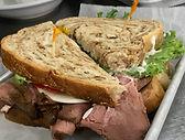 Sandwich Roast Beef.JPG