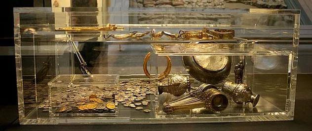 Treasure Hunter 3D biggest treasure ever found high price value money coins jewellery