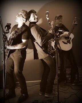 trio2019.jpg
