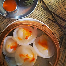 Steamed Scallops and Prawn Dumplings