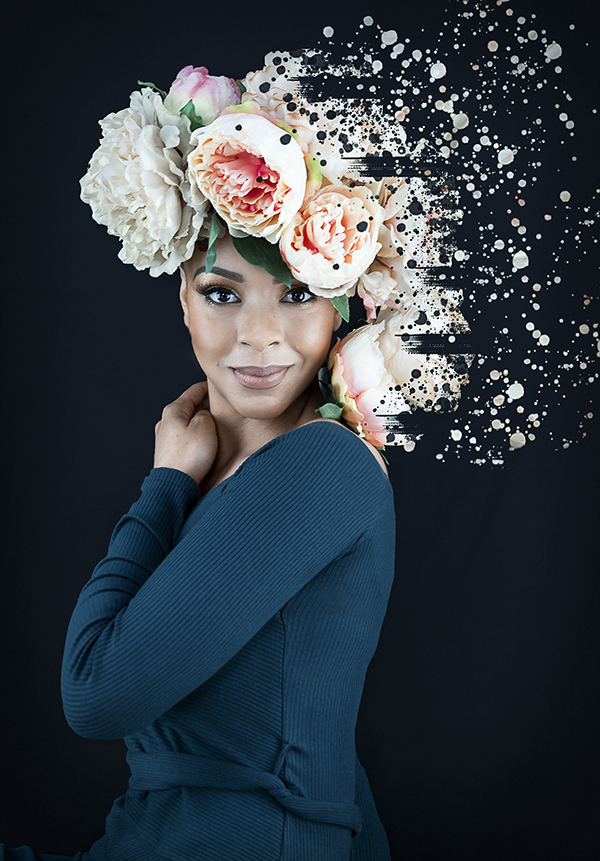 Portrait photography of women with flowers at Vilija Skubute photography