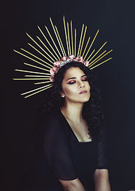 women with a crown portrait photography