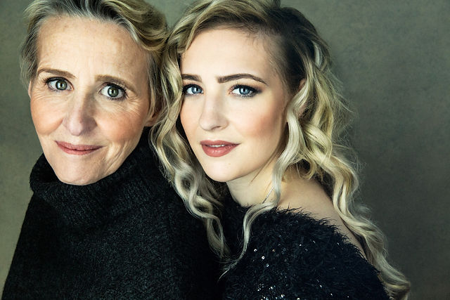 mother and daughter portrait session with vilija skubute photography