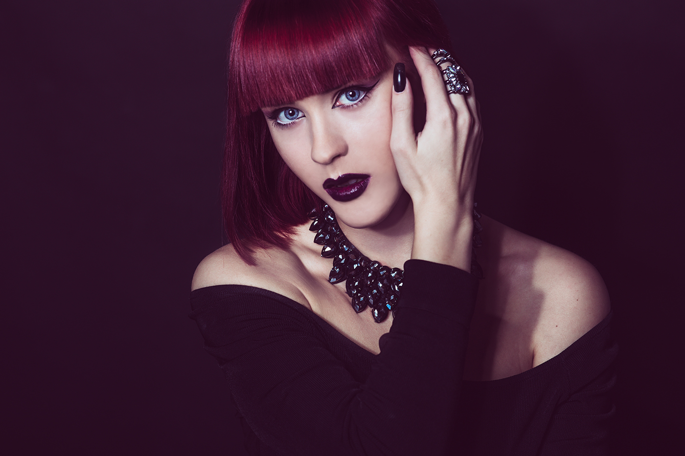 Portrait photography of women with red hair taken Vilija Skubute studio