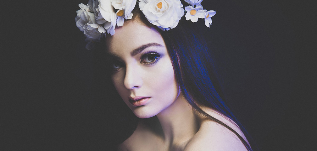Portrait photography of women with flower head piece at Vilija Skubute Studio