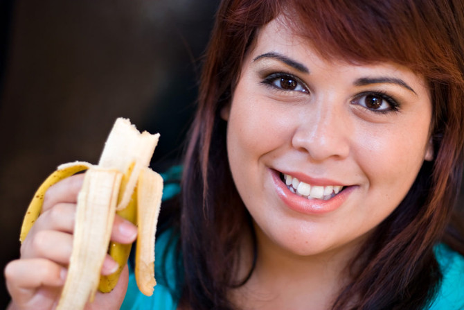 WHY CHEWING YOUR FOOD PROPERLY IS IMPORTANT FOR YOUR OVERALL HEALTH AND WELL-BEING