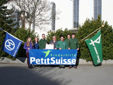 """Übergabe der Rekord-Sternsinger-Spende an die Kinderhilfe """"Petite Suisse"""" durch Jungwacht/"""