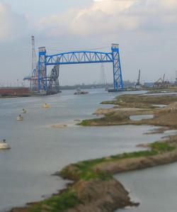 1280px-Industrial_canal_post-katrina_Blue Bridge