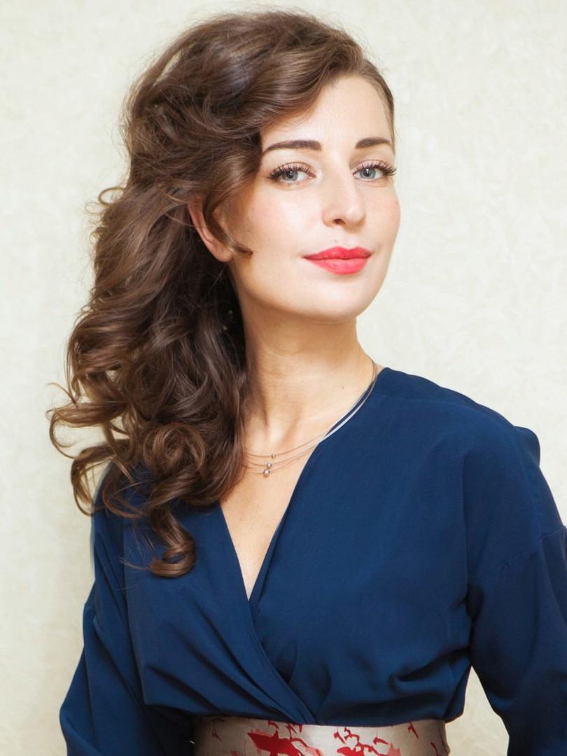 Елена Коликова