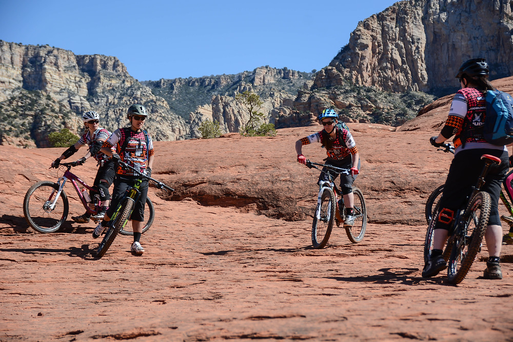 Sedona coaching mountain bike clinic with muddbunnies race team