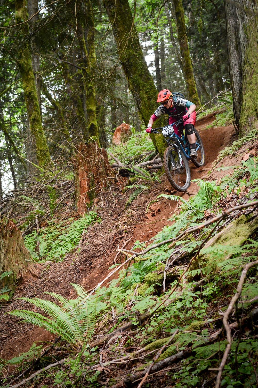 FVMBA BC Enduro series, mountain bike race Liv Intrigue SX Giant Reign