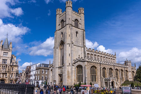 Cambridge_-_Church_of_St_Mary_the_Great.jpg
