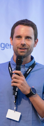 Manuel Rothmund, Moderator