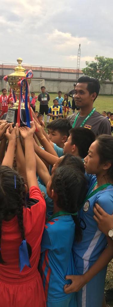 FIM Coaches und Spieler Laos