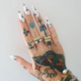 New nails for _sammijefcoate 🌴 Palms on