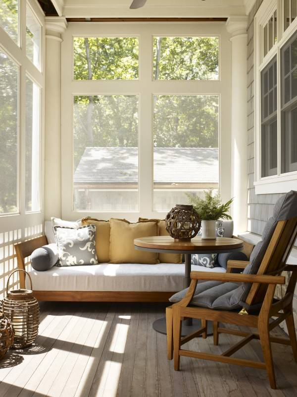 Screened Daybed Porch
