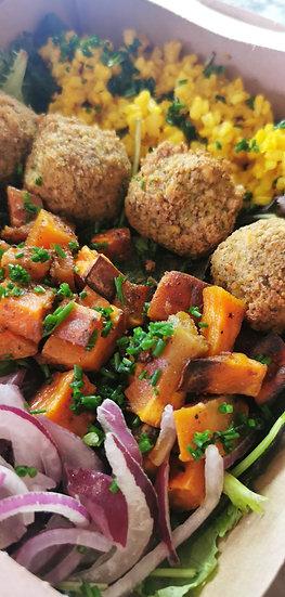 Organic Falafel Salad & Sourdough Bread