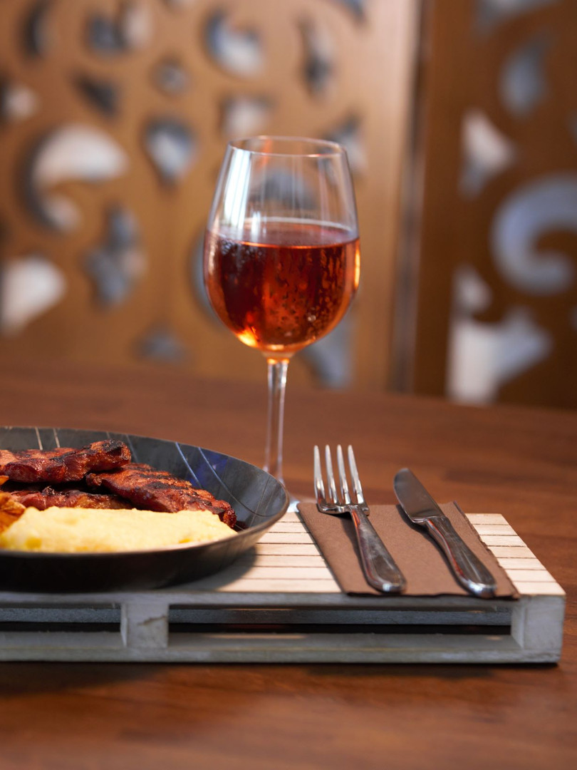Cerdac Cotesti pensiune restaurant evenimente events accomodation