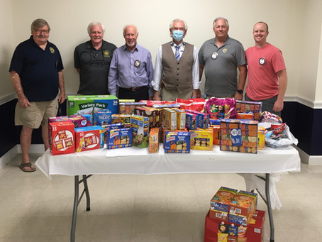 The Exchange club of Brunswick donates snacks SGHS