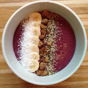 4 Ideas for Lower Carb Smoothie Bowls