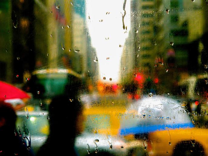 RAIN ON FIFTH AVE