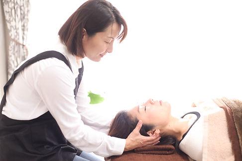 脳感ヘッドスパ写真 大阪脳感ヘッドスパサロンLoLo