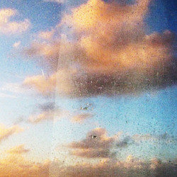 ·Material Clouds·