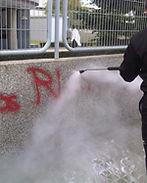 Limpieza con máquina fregadora de naves industriales y almacenes en Málaga, Agralim