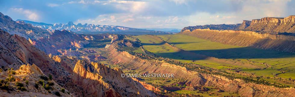 Strike Valley Overlook, Water Pocket Fold, Capitol Reef National Park, Utah