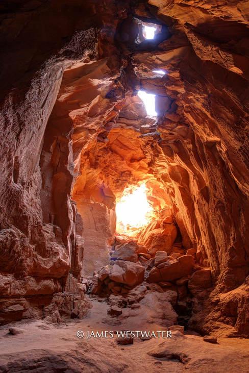 Goblin's Lair, Goblin Valley State Park, Utah