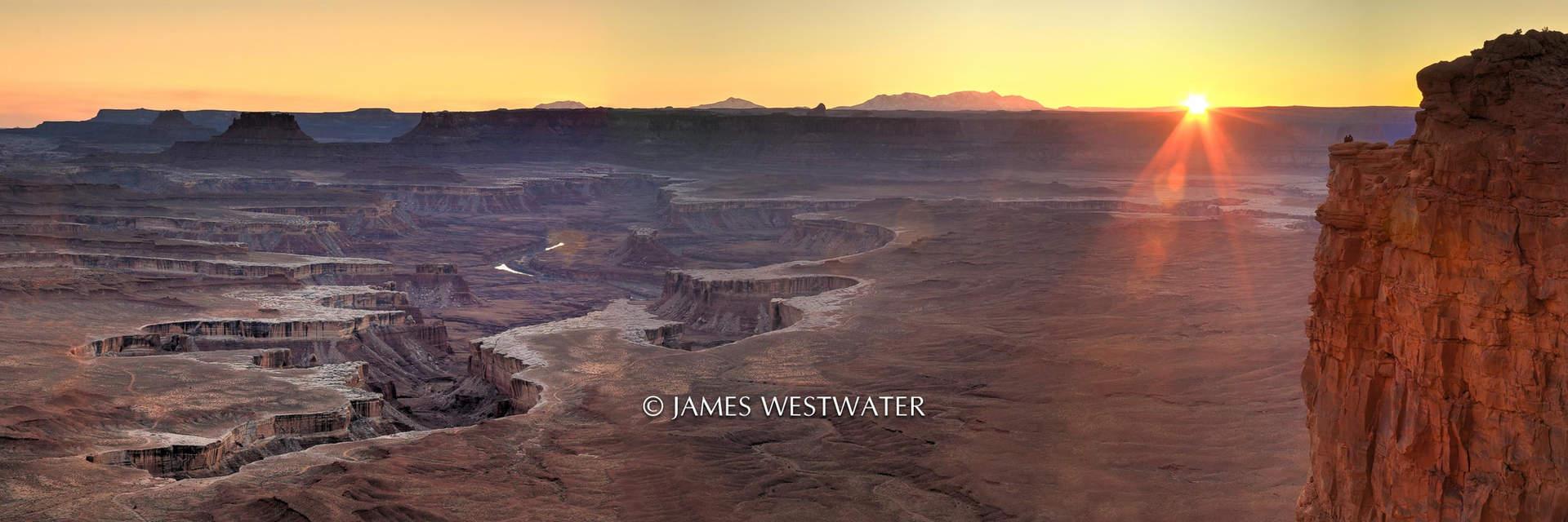 Sharing Nature's Splendor, Panorama, Green River Overlook, Canyonlands National Park, Utah