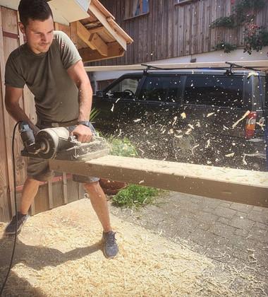 Holzarbeiten.jpg