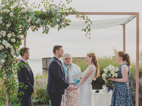 Emily + Sean's Timeless Outdoor White and Green Wedding @ Battery Gardens