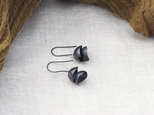 Lantern drop earrings  ED04