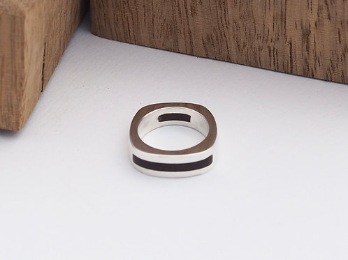 Double inlay band R202 size O