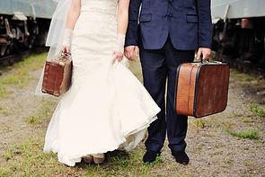 Free honeymoon packing checklist