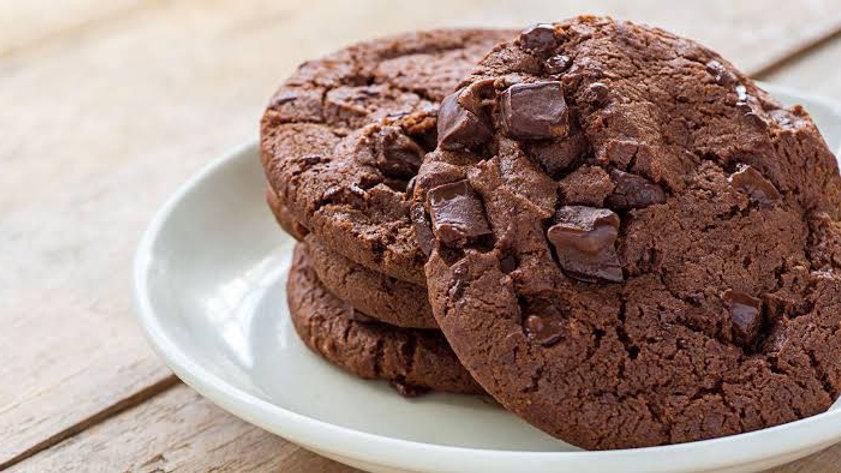 Cookies Fit com gotas de chocolate