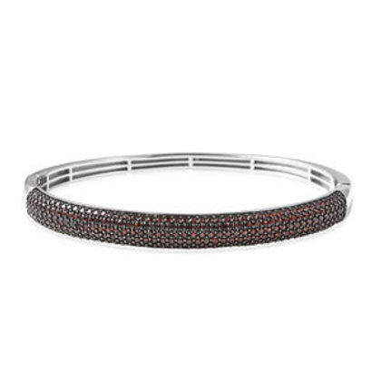 4.78 ctw Mozambique Garnet Cluster Bangle Bracelet (7.50 In)