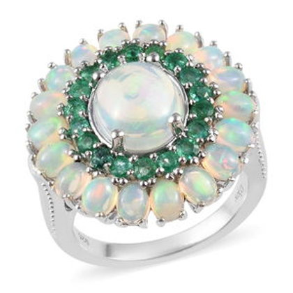 Elegant 4.25 CTW Welo Opal and Emerald Ring