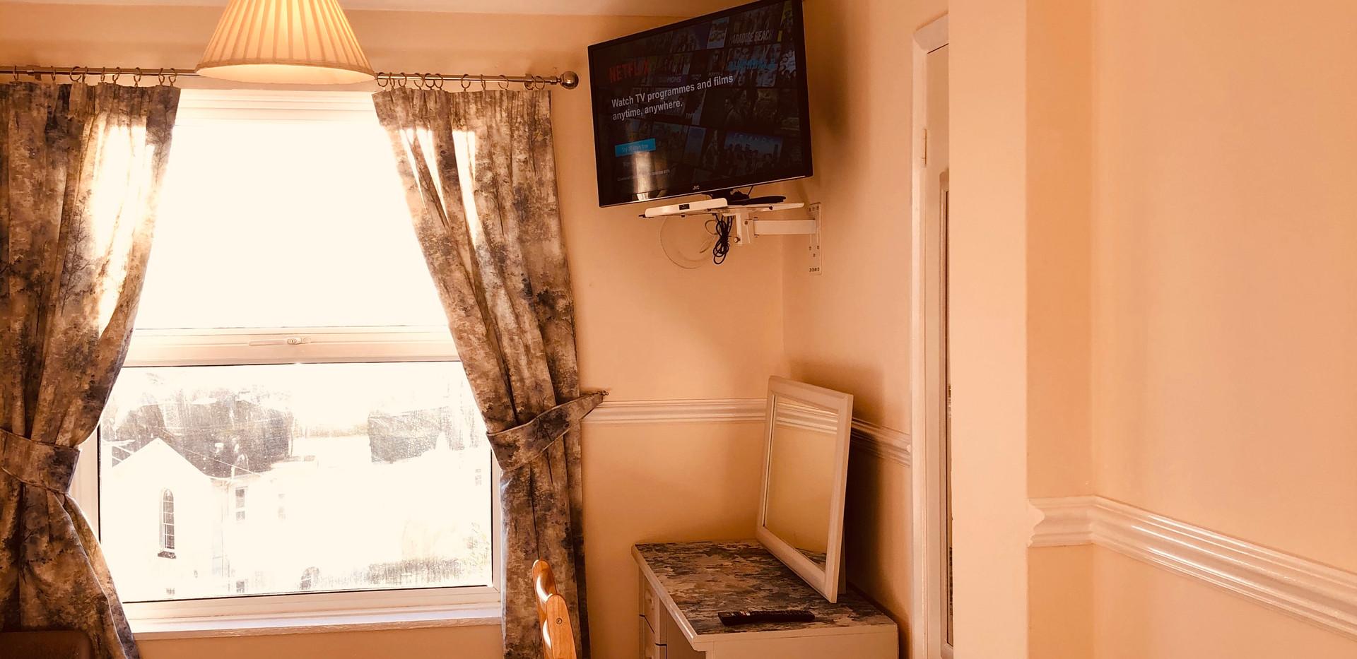 Premier Twin Room - Smart TV