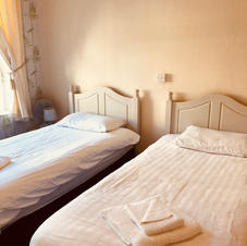 Standard Twin Room - 6