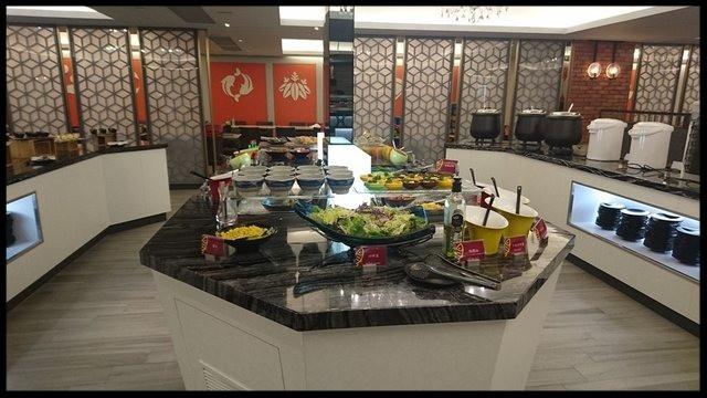 interior buffet area