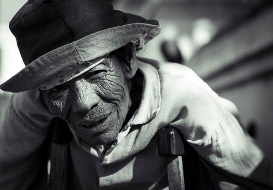 JAY YAO PHOTOGRAPHY_Journal_BEGGAR.jpg